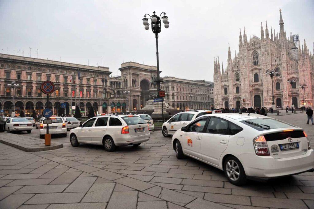 taxi gratuito per anziani a Milano