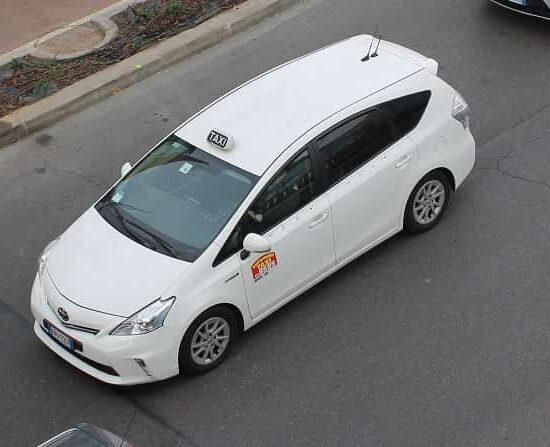 corsa in taxi a Milano malpensa