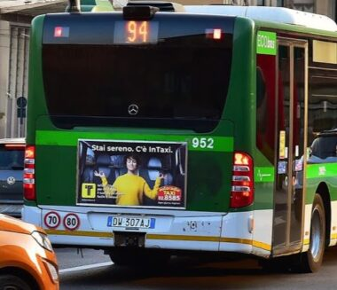 pubblicità taxi milano radiotaxi - 028585 taxi