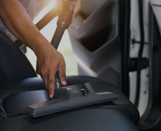 sanificazione taxi 028585 - taxi con divisori in plexiglass a milano